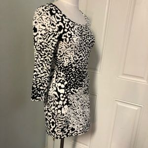 Forever 21 Dresses - Leopard animal print bodycon cutout back